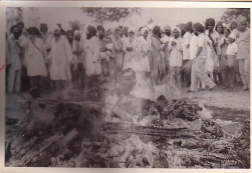 Bhai Gurmukh Singh ji on Sant Gurbachan Singh ji's funeral pyre